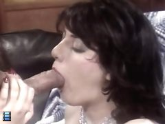 Mature granny hairy pussy